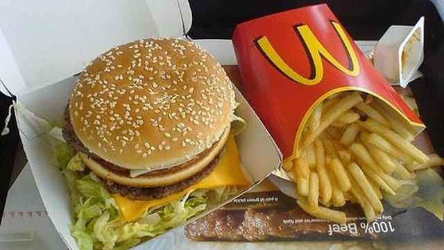 The surprising toxicity of fast food packaging - Fast good cuisine big mac ...