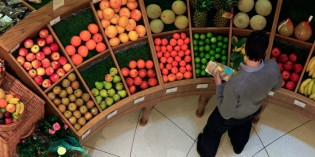 Two Supermarkets Deviate from the Status Quo