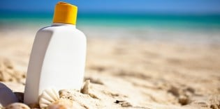 Sunscreen Manufacturers and Dermatologists Misinform The Public