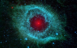 Comets Kick Up Dust in Helix Nebula