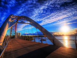Flickr - sunrise bridge - paul bica