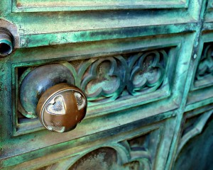 Flickr-door knob-Ryan Holst