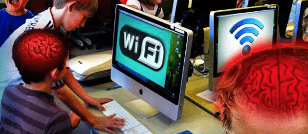 wifi health effects Wi-fi (wireless local area network) at 245ghz falls in the microwave band along with baby monitors and mobile phones, although the radiation level is 100,000 times less than a microwave oven.