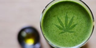 6 Reasons To Juice Rather Than Smoke Cannabis