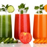 What's the Difference Between Juicing and Blending?