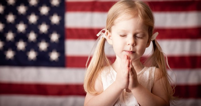 prayer-children-flag-religion