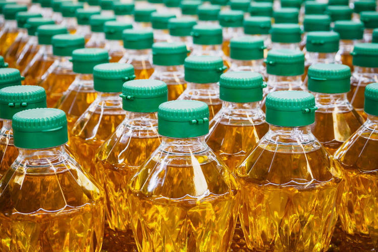 The Most Popular Cooking Oil in America Linked to Genetic and Neurological Damage